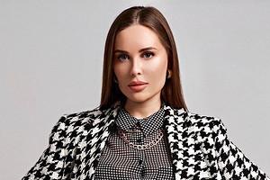 Команда Юлии Михалковой рассказала, как ей «сделали» четвертый размер груди