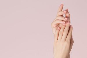 Как делать гель-лак, чтобы не портить ногти