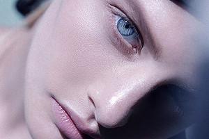 «Привет избольницы»: упавшая изокна модель Ксения Пунтус поделилась новым фото свнуком Михалкова
