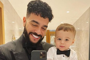 «Впереди целая жизнь»: Тимати поздравил сына с первым днем рождения