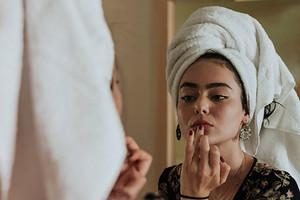 10 бьюти-продуктов для ухода за лицом, телом и волосами, которые стоит попробовать в октябре