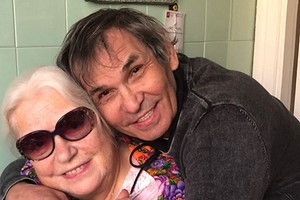 Бари Алибасов отправил сына из Москвы, чтобы наладить отношения с Лидией Федосеевой-Шукшиной