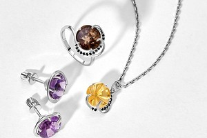 «Ювелирочка» выпустила коллекцию украшений «Вальс цветов» с необычной огранкой