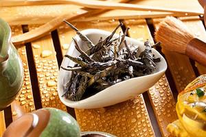 Полезные свойства чая кудин: от снижения температуры до похудения