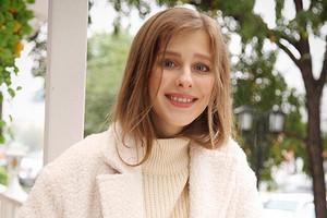 «Это очень личное»: Лиза Арзамасова похвасталась помолвочным кольцом от Авербуха