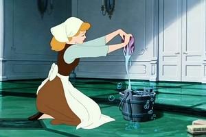 Как мыть линолеум, чтобы блестел: лучшие советы по уборке (видео)