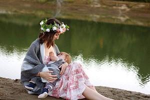 Массаж груди при кормлении, сцеживание и правильная лактация: полезные советы молодым мамам