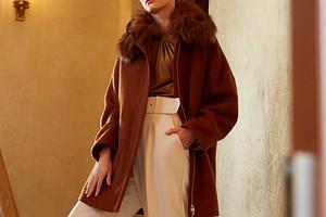 Объект желания: пальто из мягкой шерсти в стиле 80-х