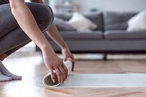 7 упражнений на все тело, которые можно делать дома и без инвентаря