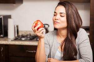 Как жевать еду, чтобы похудеть, снизить стресс и улучшить концентрацию внимания