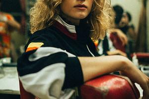 Модная ретроспектива: черпаем вдохновение в образах 90-х