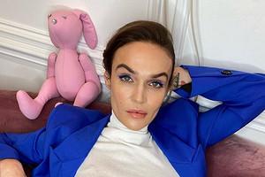 «Приятнее смотреть на Викторию Боню»: Алена Водонаева проехалась по Иде Галич, которая снялась для Vogue