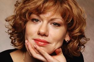 Елене Бирюковой — 50: как сегодня живет звезда ситкома «Саша+Маша»