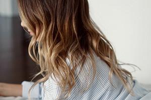 4 правила ухода за волосами зимой (не делай этих ошибок)