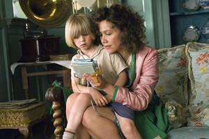 Почему ребенок ломает игрушки: как себя вести родителю и что делать