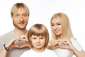 У сына Рудковской и Плющенко обнаружили психотравму после экспертизы