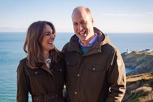 Кейт Миддлтон и принц Уильям отправились в рождественский тур по Великобритании