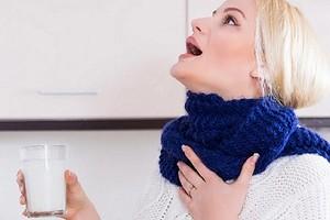 Чем полоскать горло при ангине взрослому и ребенку: 9 рецептов, которые точно работают