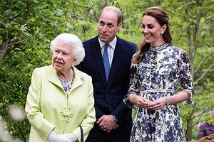 Кейт Миддлтон и принц Уильям закончили рождественский тур встречей с Елизаветой II