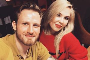 Экс-муж Пелагеи Иван Телегин и Мария Гончар перестали скрывать отношения