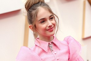 10-летняя звезда фильма «Однажды вГолливуде» пришла на«Оскар» сбутербродом (такая милашка)