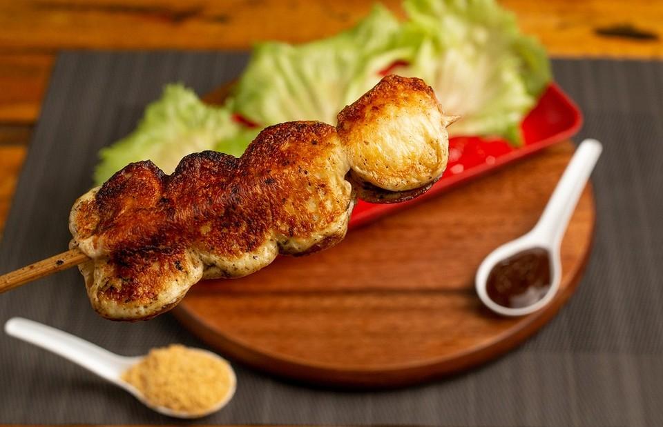 Халлуми или сулугуни: 8 вариантов, как жарить сыр для салатов и закусок (видео)