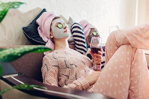 11 очищающих масок для лица, которые избавят от загрязнений и черных точек