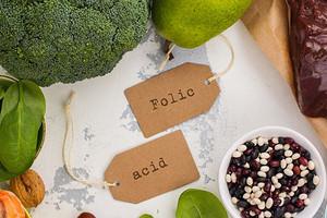 Зачем нужна фолиевая кислота и в каких продуктах содержится