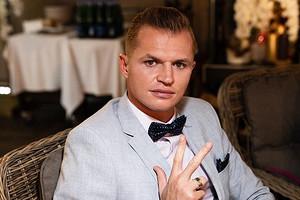 Дмитрий Тарасов сломал ногу через три дня после возвращения в футбол (черная полоса)