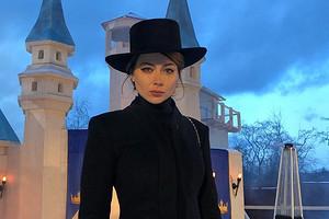 Настасья Самбурская призналась, что ее бросили по телефону