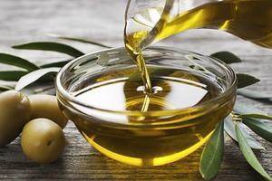 Быстрый обмен веществ и гладкая кожа: польза и вред оливкового масла