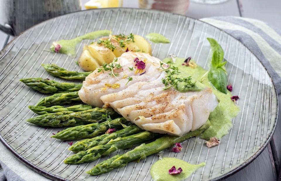 5 самых вкусных рецептов филе минтая в духовке (понравится даже гурманам)