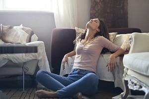 11 повседневных движений, которые вредят твоему здоровью