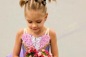 «Алиса расстроилась»: Симона Юнусова отменила празднование дня рождения внучки из-за коронавируса
