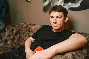 Сыгравший всериале «Кадетство» актер Кирилл Емельянов избил врача (грозит «уголовка»)