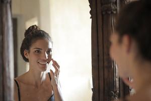 5 ошибок в весеннем уходе за кожей, которые делают все