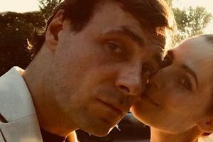 «Мынеумеем ценить жизнь»: Юлия Снигирь поделилась архивными фото сЦыгановым исыном