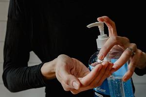 Мыло или антисептик: что эффективнее