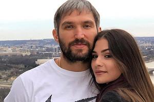 Анастасия Шубская рассекретила пол второго ребенка от Овечкина