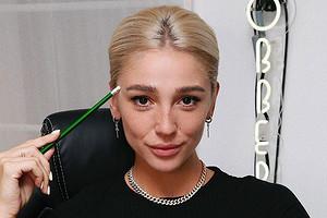 Настя Ивлеева отстригла себе челку в прямом эфире (видео)