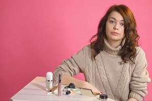 Макияж без макияжа: 8 простых бьюти-приемов (видео)
