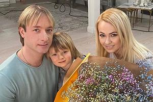 Сын Рудковской и Плющенко пойдет учиться сразу во 2 класс