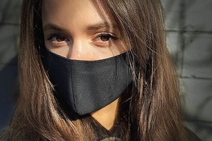 6 элементарных способов сделать маску для лица самостоятельно (если в аптеке не окажется)