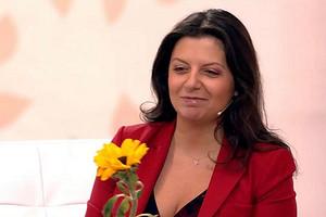 Маргарита Симоньян показала, как ее шестимесячная дочь мелодично кряхтит во сне (милое видео)