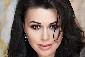 Анастасия Заворотнюк вернулась в соцсети после болезни (кажется, идет на поправку)