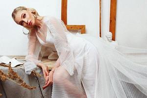 Алена Шишкова сменила имидж (из блондинки в брюнетку)