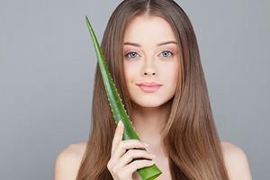 Польза сока алоэ для лица и 4 рецепта масок от морщин для каждого типа кожи