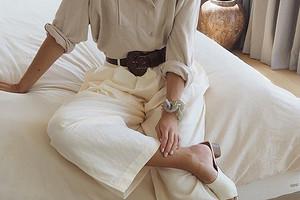 С чем носить брюки палаццо: 50 стильных образов для любого времени года и случая