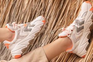 6 пар кроссовок не дороже 4 000 рублей, которые захочет каждая