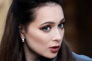 На Настасью Самбурскую подали в суд и потребовали 1,5 миллиона рублей